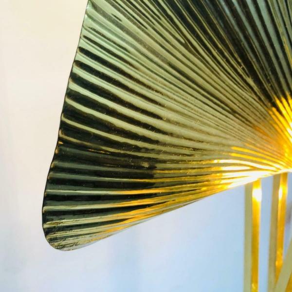 Lampada Piantana in ottone Ginkgo di Tommaso Barbi