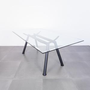 Tavolo da pranzo rettangolare in metallo verniciato design anni '80