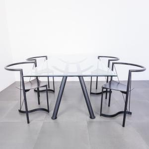 Set da pranzo anni '80 quattro sedie in pelle e tavolo in metallo