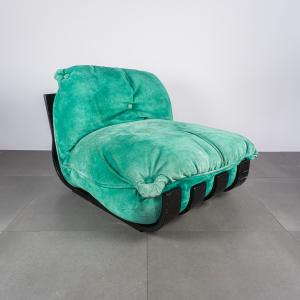 Poltrona alcantara verde Gran Visir Frigerio design anni '70