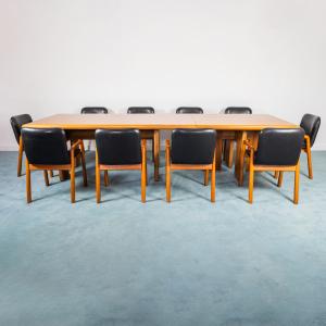Set da ufficio scrivania ministeriale dieci sedie design anni '70
