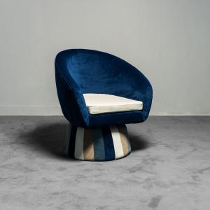Poltrona in velluto blu design anni '70 Vintage Modernariato