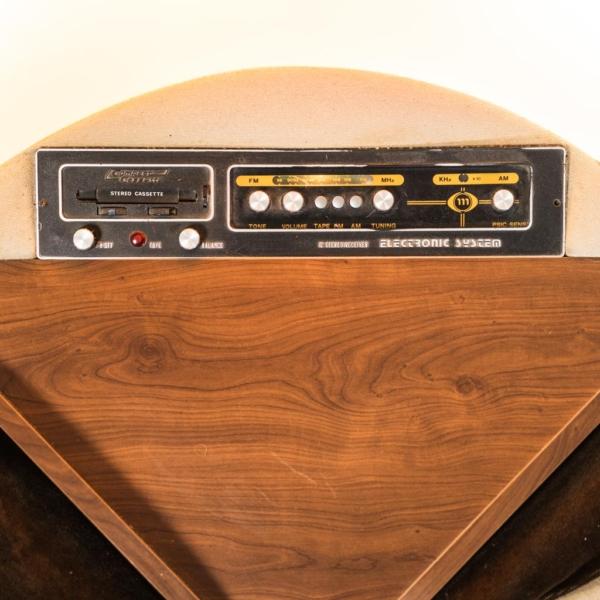 Divano 4 posti radio in velluto anni '70 Vintage Modernariato